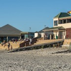 Woodbridge Island beach with Maestro Restaurant and Lifesaving Club
