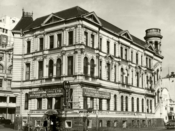 'Flat Iron Building', 1953