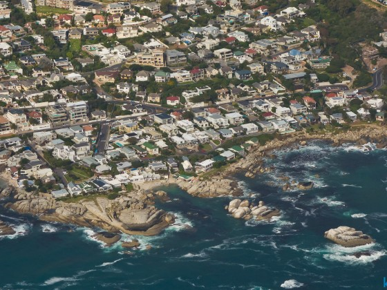 Helicopter flight: Clifton residential