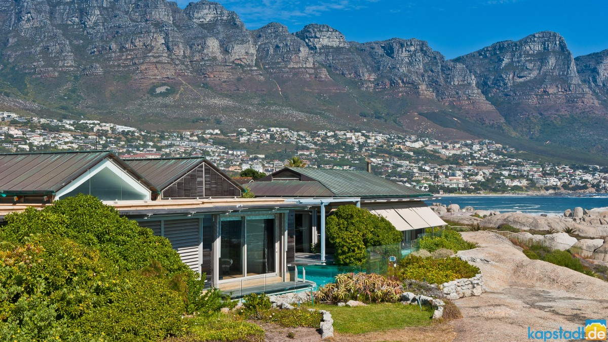 Luxurious beach villa in Clifton with 12 Apostel Mountains