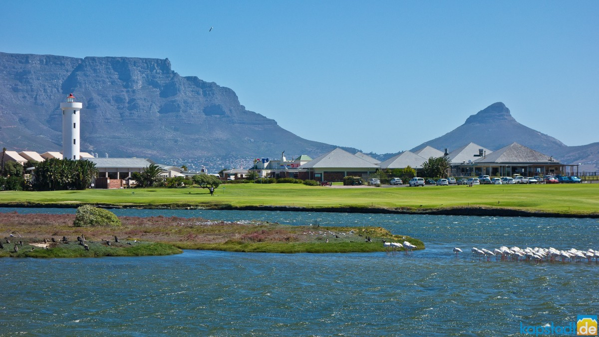 Milnerton golf course and the Lighthouse on Woodbridge Island