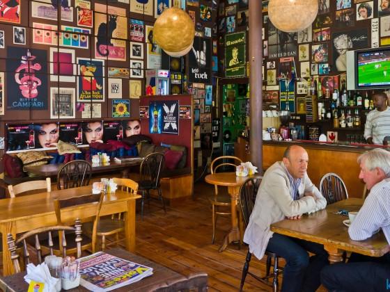 Coffee shop in Loop Street