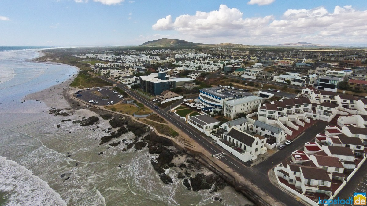 Aerial image from the Big Bay aera at Bloubgstrand with the Blue Peter Restaurant