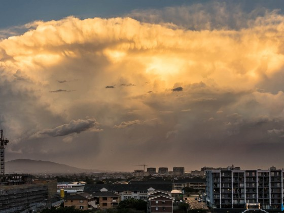 Massive raincloud over Milnerton