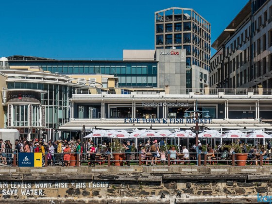 """Kapstadt Brauhaus"" and the Cape Town Fish Market at the V&A Waterfront"