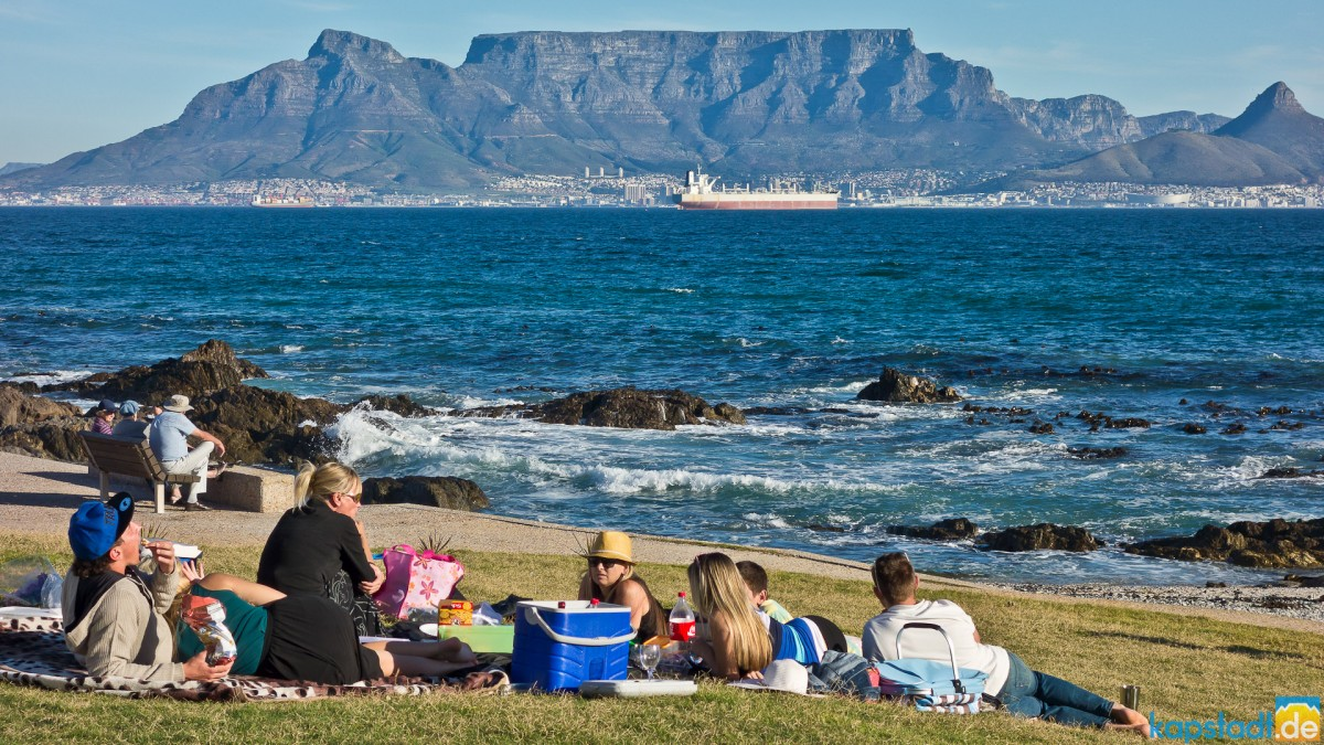 Picknick at Bloubergstrand