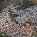 Helicopter flight: Hout Bay and the Imizamo Yethu township