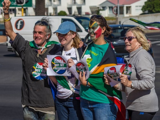 """Nationwide """"Zuma must fall protest"""" in Milnerton opposite Woodbridge Island on the 7. April 2017"""