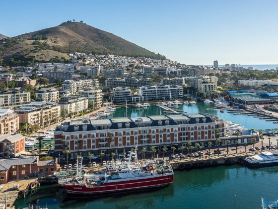 "Cape Grace Hotel and the yacht harbour at the V&A Waterfront seen from the top floor of the ""Silo Hotel"""