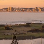 Milnerton golf course with Bloubergstrand at especially clear evening