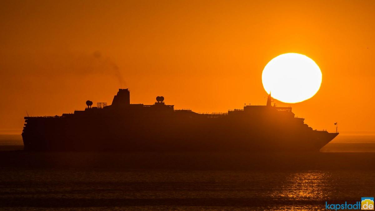 Queen Elizabeth Luxury Ocean Liner at sunset at Milnerton