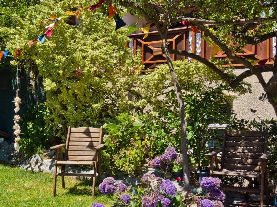 Private garden at Bloubergstrand