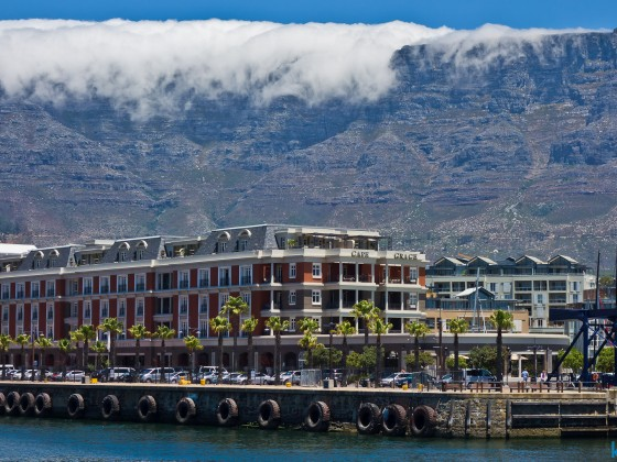 Cape Grace Hotel with the table cloth of Table Mountain