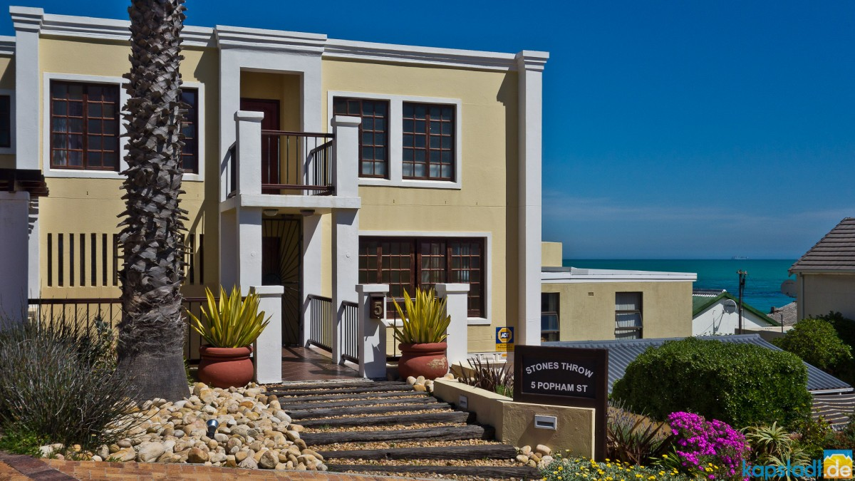Nice house at Big Bay at Bloubergstrand