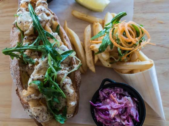 Seafood Sandwich im Lagoon Beach Hotel