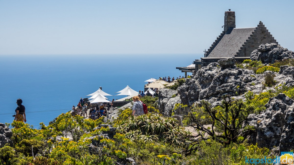 On top of Table Mountain: Restaurant