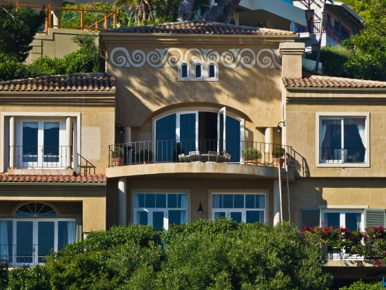 Luxurious houses in Hout Bay