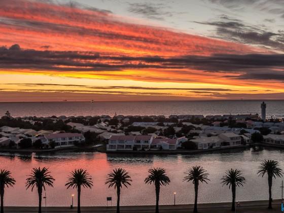 Sunset with Woodbridge Island seen from Milnerton