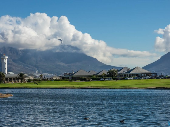 Milnerton Golf Course with the Lighthouse ant Table Mountain