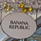 Christmas decoration at the V&A Waterfront (Banana Republic)