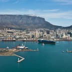Helicopter flight: Waterfront harbour and Table Mountain