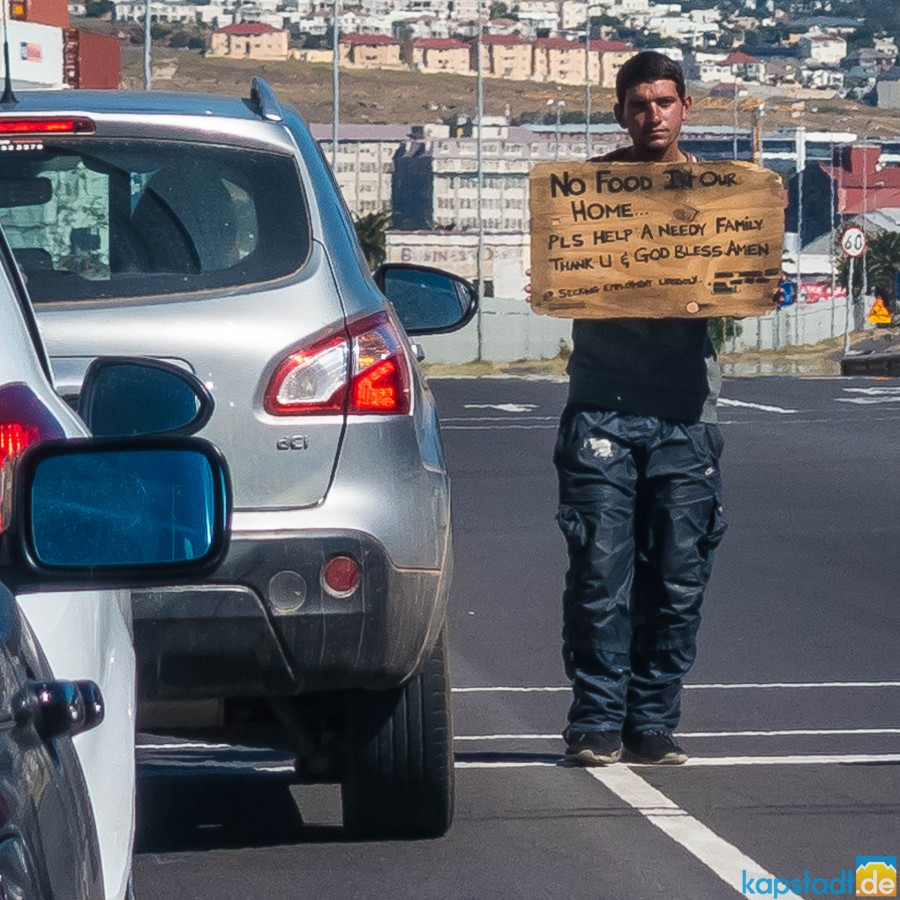 Visiabale poverty at intersection at Paarden Island near Milnerton