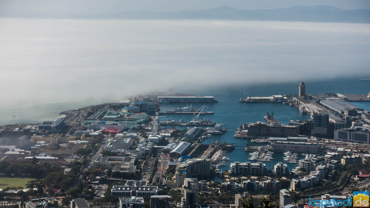 View from Signal Hill towards the V&A Waterfront with a mistbank