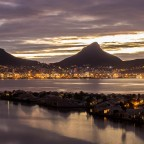 Woodbridge Island with Lion's Head and Signal Hill after sunset