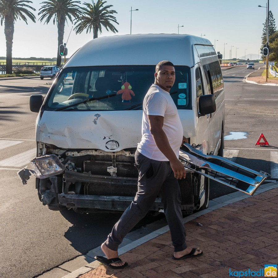 Accident in Milnerton (Cnr Loxton / R27)