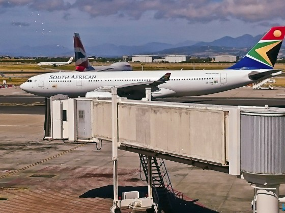 SAA plane at Cape Town International