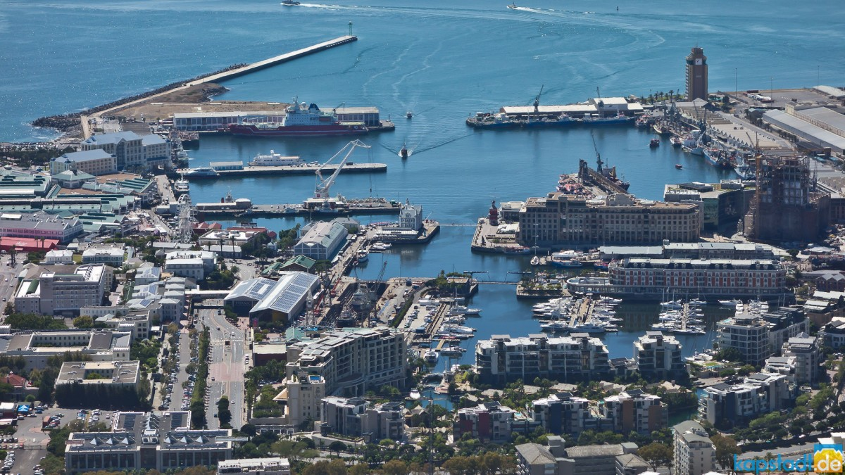 V & A Waterfront from Signal Hill