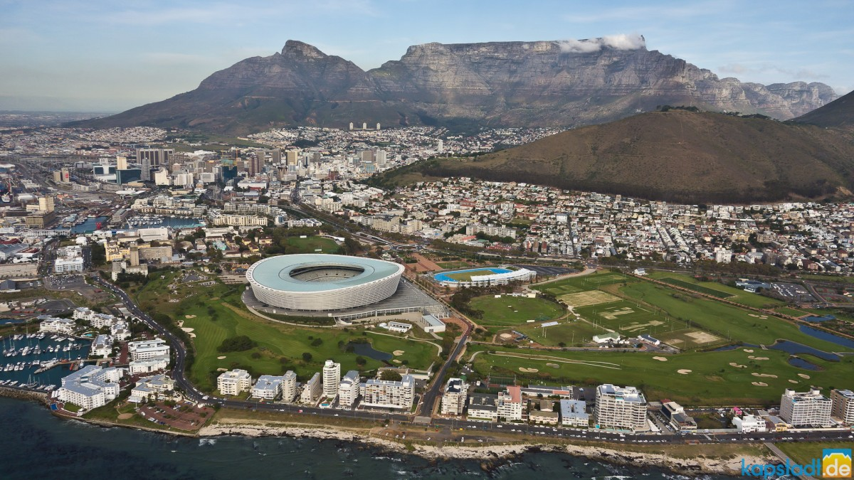 Helicopter flight: Green Point and its 2010 stadium
