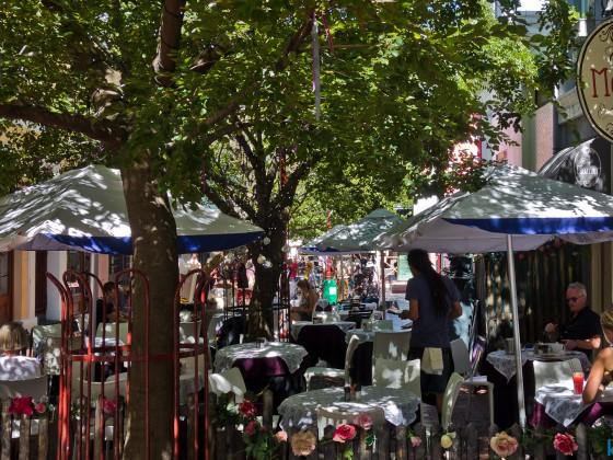 Cafe Mozart at corner Long Street und Church Street