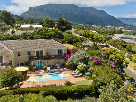Amakhaya Guesthouse in Hout Bay