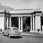 Mount Nelson hotel entrance 1946