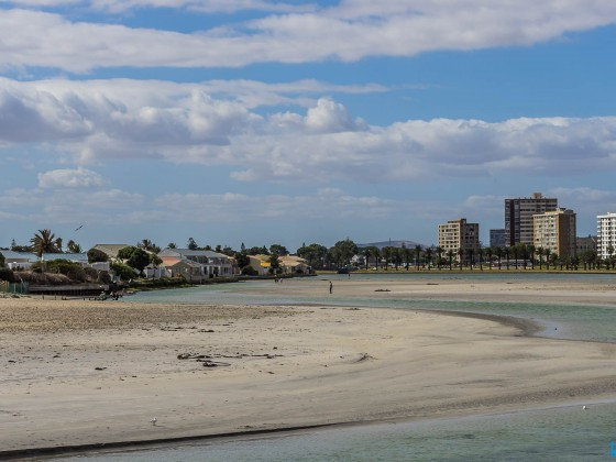Milnerton Lagoon and Milnerton Central (Willborough, Arnheim, Atlantica, Palo Alto)