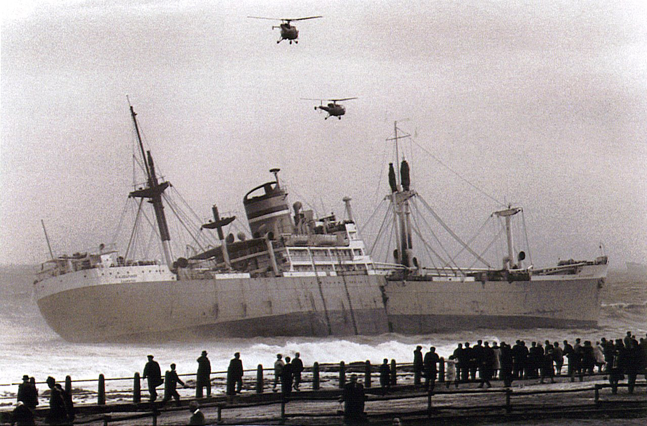 S. A. Seafarer off Mouille Point 1966