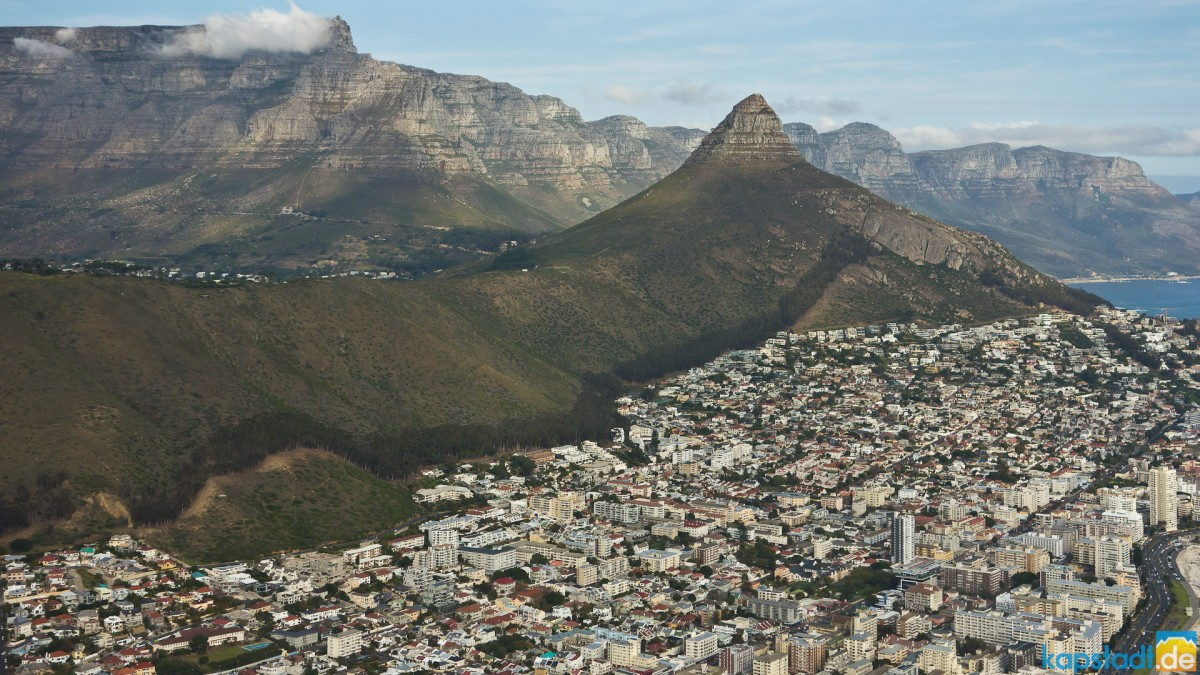 Helicopter flight: Table Mountain, Lion's Head and Twelve Apostels with Sea Point