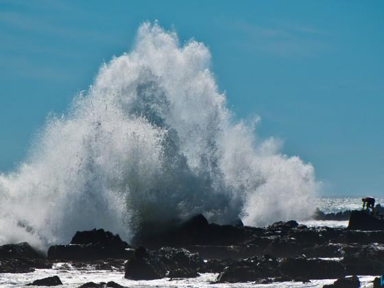 Big Wave at Big Bay