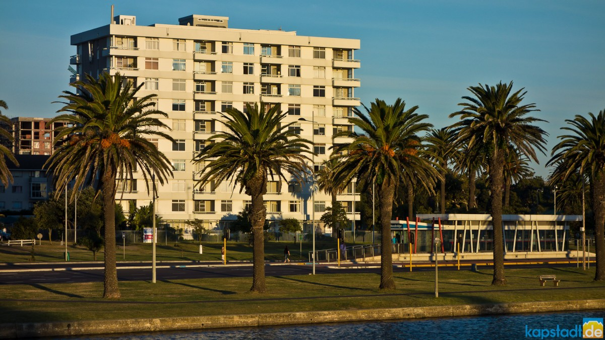 Flat building at the Milnerton Lagoon