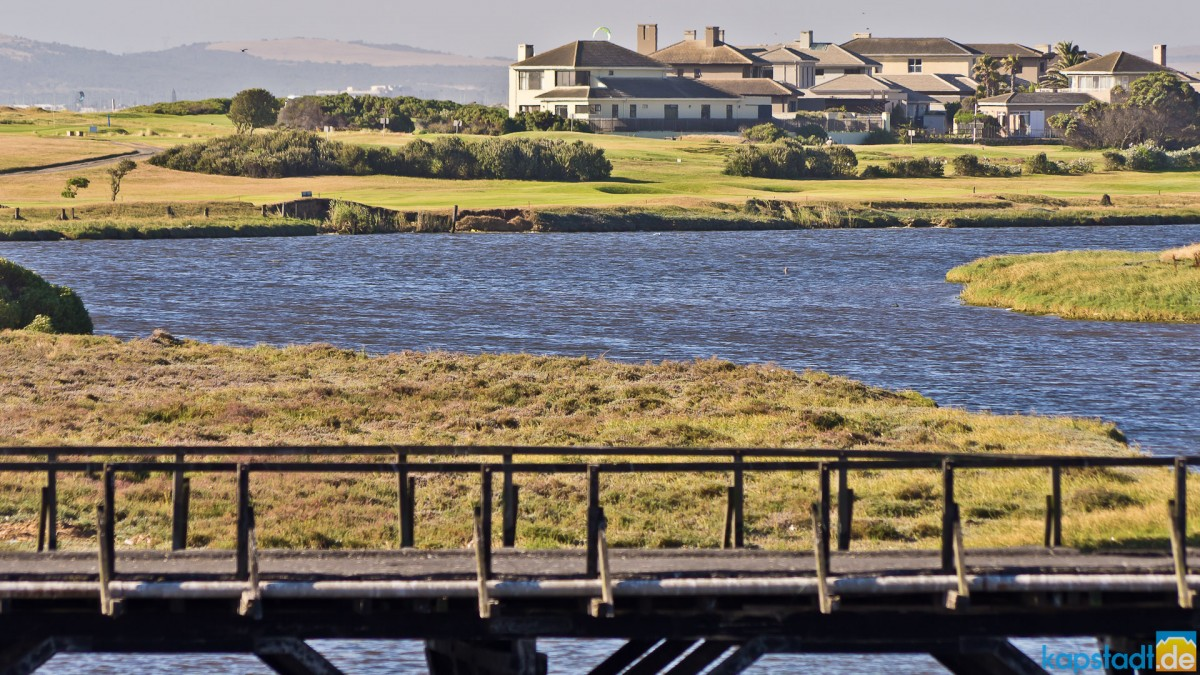 Old Woodbridge Island and the Milnerton Golf Course