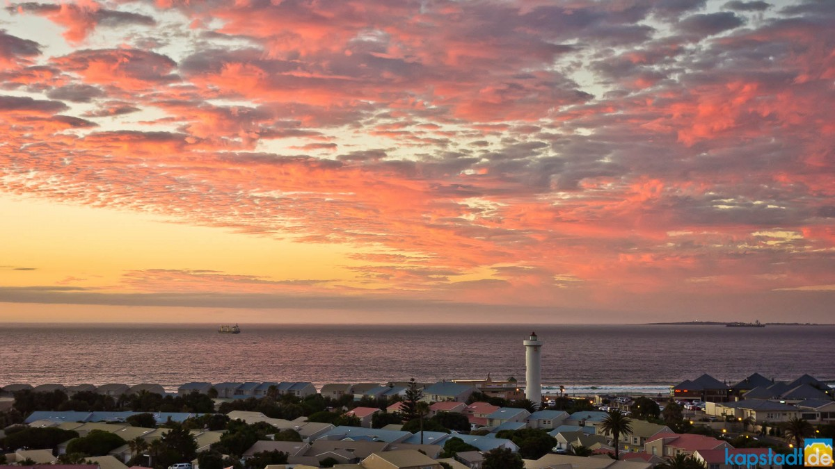 Sunset clouds over Woodbridge Island in Milnerton