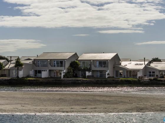 Woodbridge Island residential