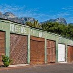 Garages in Clifton