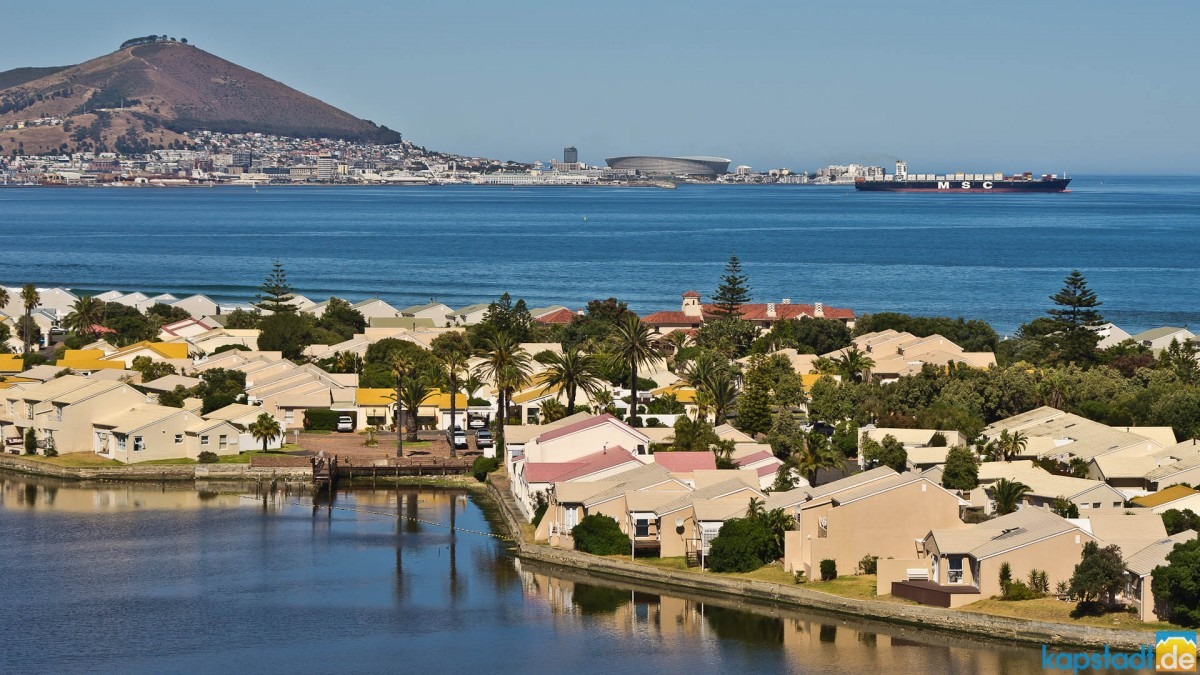 Woodbridge Island and Green Point from the Milnerton Lagoon